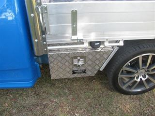Picture of Diamond T Under body toolboxes