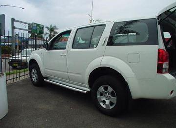 Picture of 2013 Nissan Pathfinder wagon Standard sidesteps