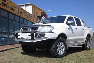 Picture of Dobinson single stainless hoop - Suits Hilux (03/05 - 07/11)
