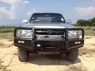 Picture of OL post type bullbar - to suit Hilux (tiger)